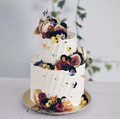Wedding Cake 32