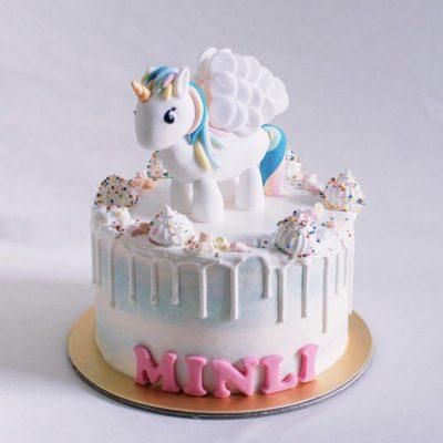 Children's Cake 44
